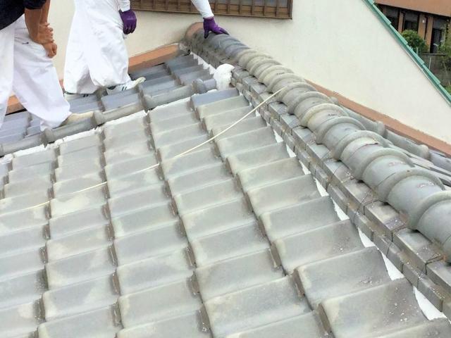 瓦屋根の雨漏り点検