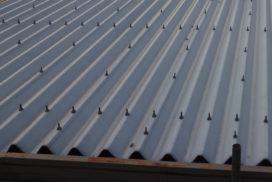 折板屋根の劣化状況