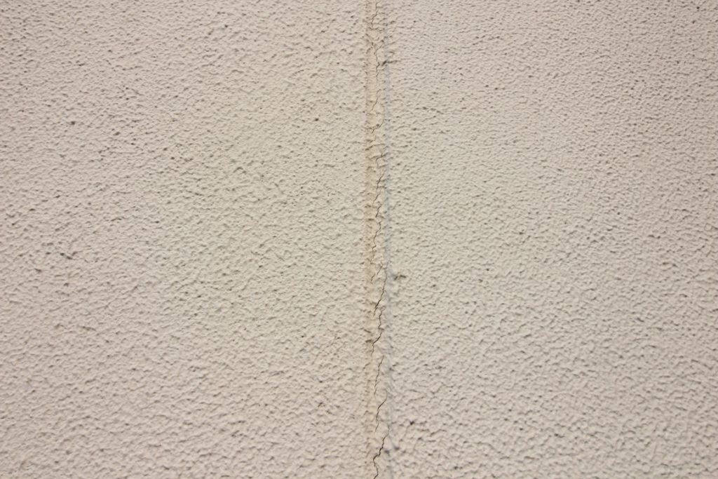 ALC壁の目地ひび割れ