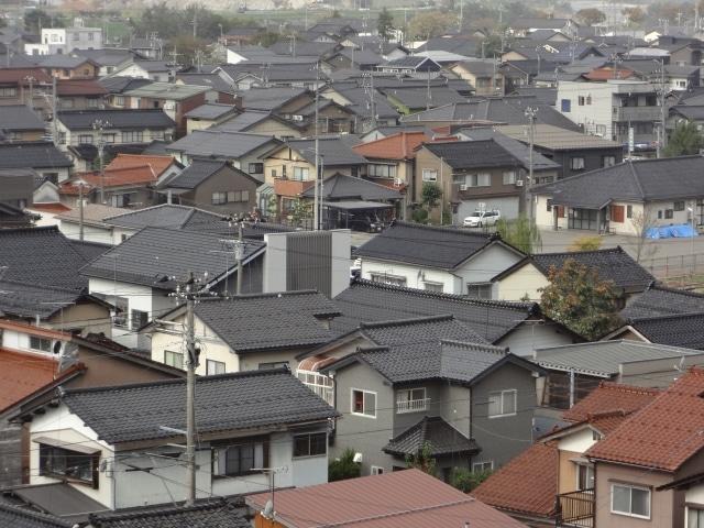 密集した住宅による街並み
