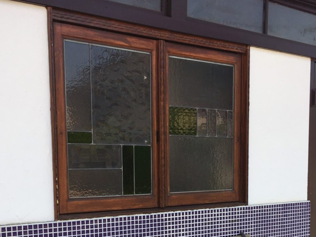 木質系の窓枠