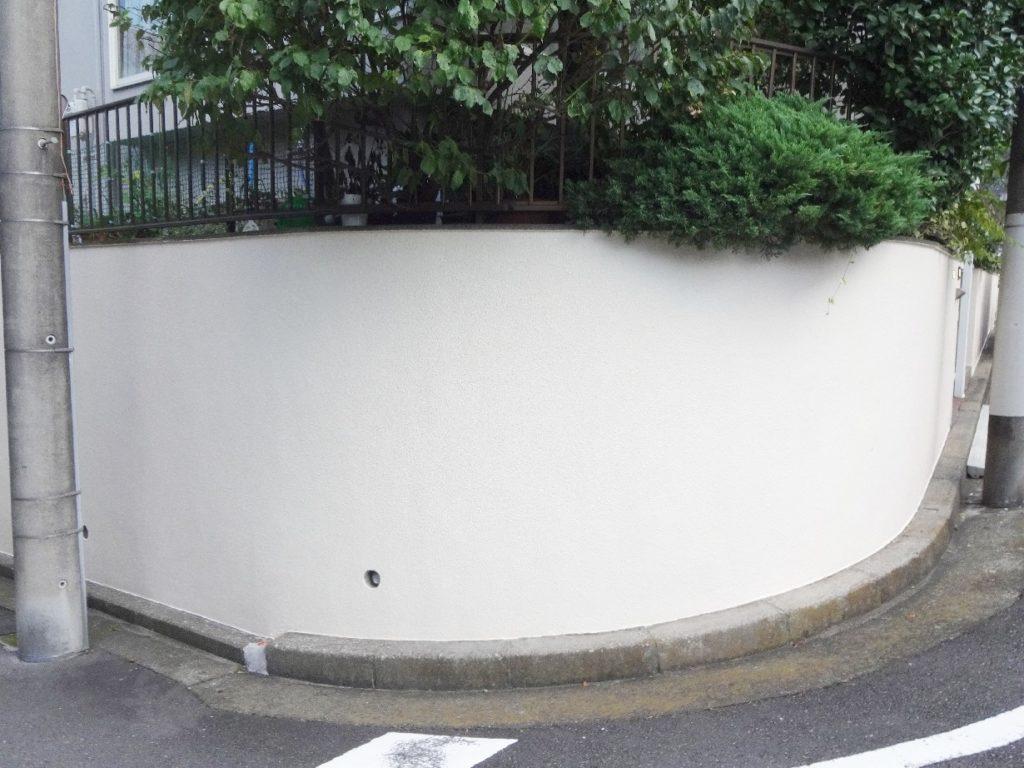 モルタルの擁壁