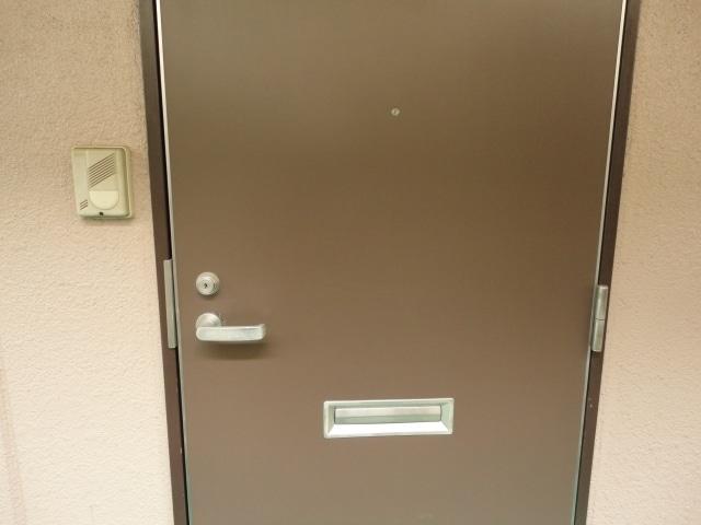 鉄製の玄関扉