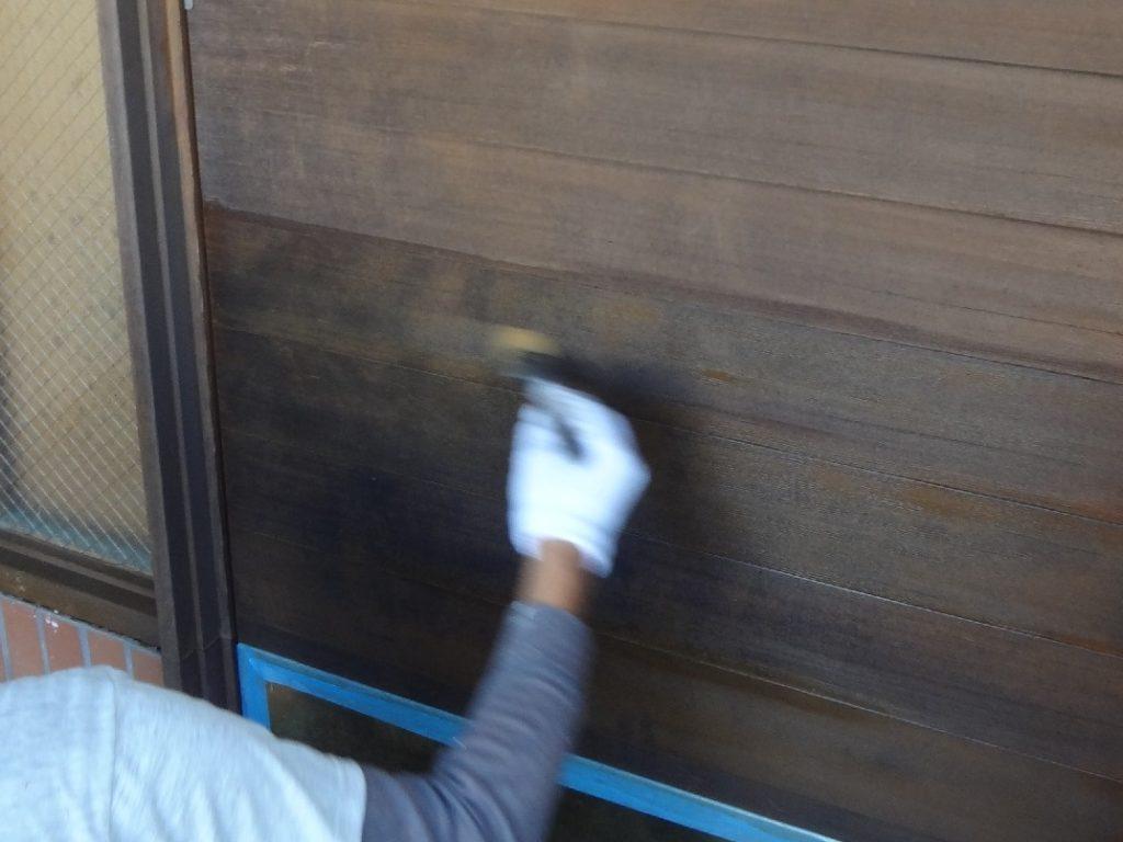 木板の塗装